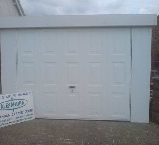 New garage door installed by Alexandra Garage Doors
