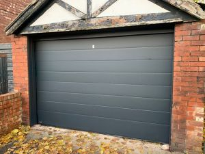 garage door Bury
