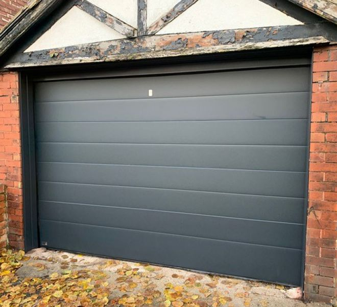 garage door Bury